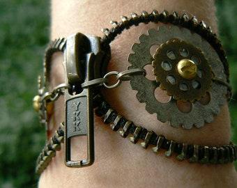 Steampunk Owl Zipper Cuff Bracelet - Chain Bracelet - Steampunk Jewelry