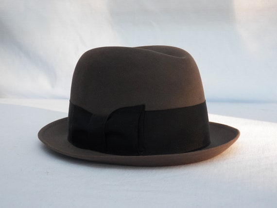 Mens Fedora Vintage DobbsHat-  Fifth Avenue New York - Size 6 7/8 - Retro 60's Apparel