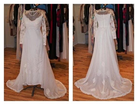 1970s White Lace Chiffon Long Sleeve Full Skirt Wedding Dress with Train