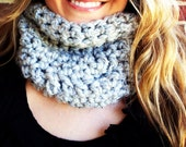 Light Gray CHUNKY COWL, fall apparel, warm cozy neck warmer, Christmas gift idea, winter fashions, gift guide 2012