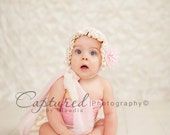 Baby Bonnet,Baby Bonnet, Baby Girl bonnet, Flower and Lace bonnet, Pink and Muslin baby bonnet