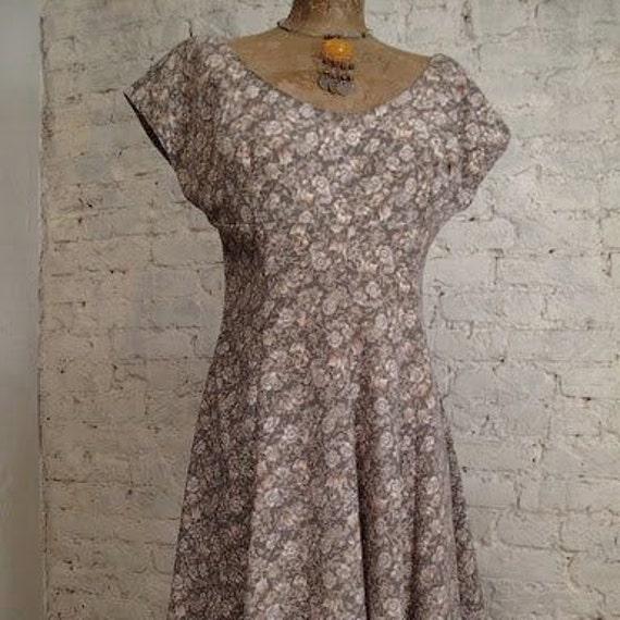 Grunge Dress - 80s/90s Sage Green Floral Print