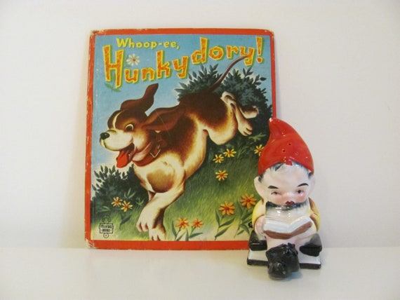 Whoop-ee, Hunkydory The Hound Puppy by May Justus Illustrated by Eileen Fox Vaughan 1952 Vintage Whitman Book