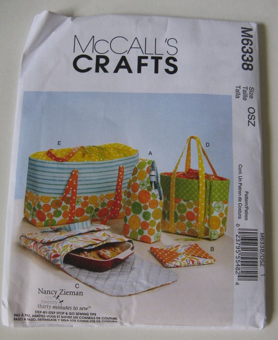 McCall's Crafts Sewing Pattern M6338 Carriers Hot Pads and Picnic Totes New and Uncut