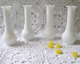 Milkglass Scalloped Bud Vase Set of 4, Outdoor Country Rustic Wedding, Winter Tabletop Decor