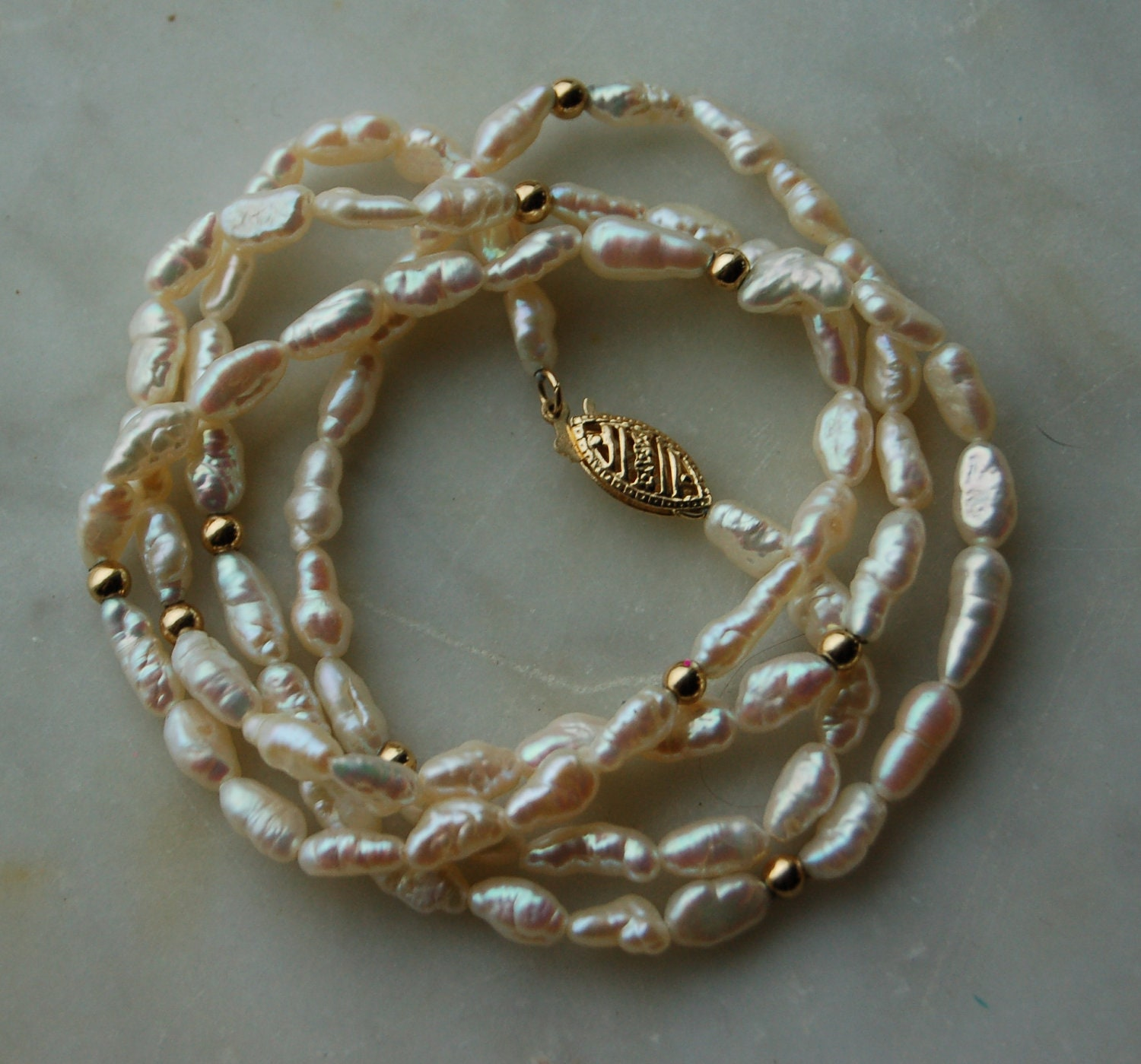14k Gold White Freshwater Pearl Necklace With 10 Pieces Of 14k