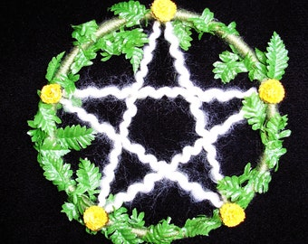 Large Marigold Fern Pentacle