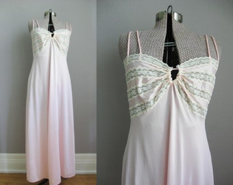 Pink Lace Vintage Nightgown / 1960s Full Length Slip