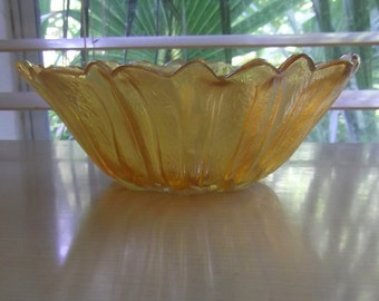 Marigold Lily Pons Carnival Glass Bowl By Indiana Glass
