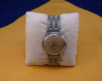 "Swiss ULTRA rare ""DARWIL""  wrist watch   1940-1960 Super Flat VERY very good condition"