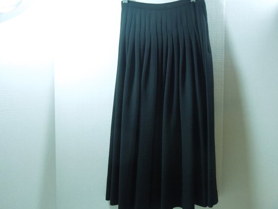 Christian Dior Skirt-Black Wool High Waisted Pleated-Size 4-FREE Shipping-Classic Style-Gifts for Her-Vintage Fashion