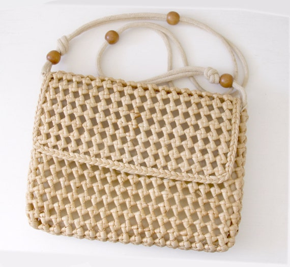 Vintage Straw Purse with wooden Beads - Tribal Bohemian Hippie Shoulder Bag