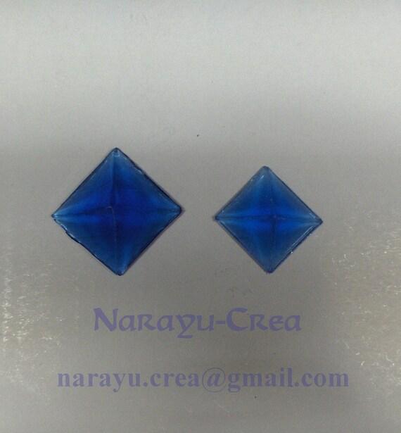 """resin gems diamond """"pyramids"""""""