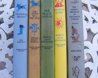 Set of 5 Vintage Stories including: Treasure Island, The Black Arrow, Gulliver's Travels