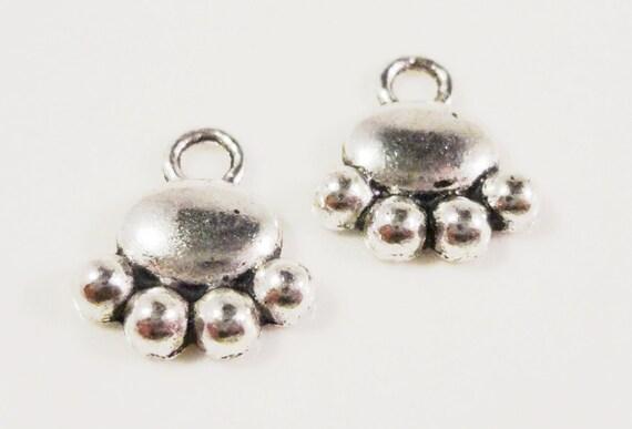 30pcs Silver Paw Charms 13x12mm Antique Silver Paw Print Charms, Bulk Charms, Bear Paw Charms, Small Paw Pendants, Wholesale Metal Charms
