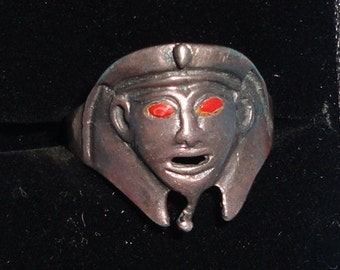 Rare silver 925 pharaoh ring with red stones in eyes**