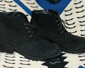 90s chunky black Grunge women's Boots DKNY US 8 Treasury Item suede