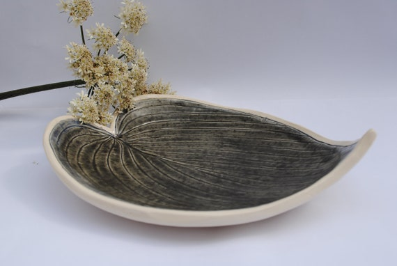 Brown Grey Pottery Shallow Leaf Fruit Bowl, Ideal for Outdoor Eating, Wedding Gift