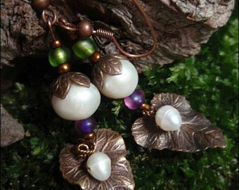 Freshwater pearl earrings with little brass leaf charm