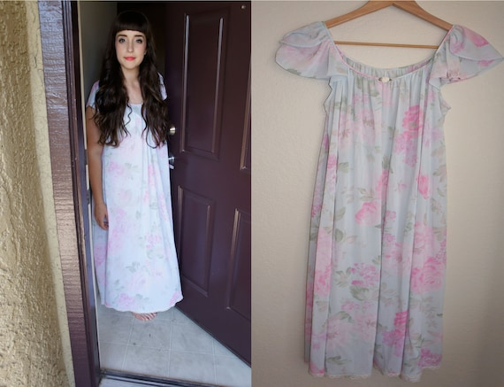 Sweet Flowers Nightgown
