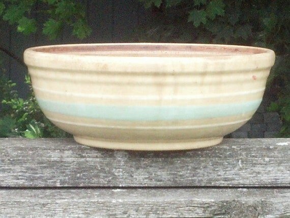 Yellow Ware Bowl Watt Kitch n Queen