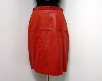 1980s Red Leather Wiggle Skirt - Buttery Soft - Rocker Glam - Size 9