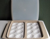 Vintage Tupperware Tan Deviled Egg Carrier Keeper with White Inserts and Clear Shear Cover, Holds 16 Eggs, Excellent