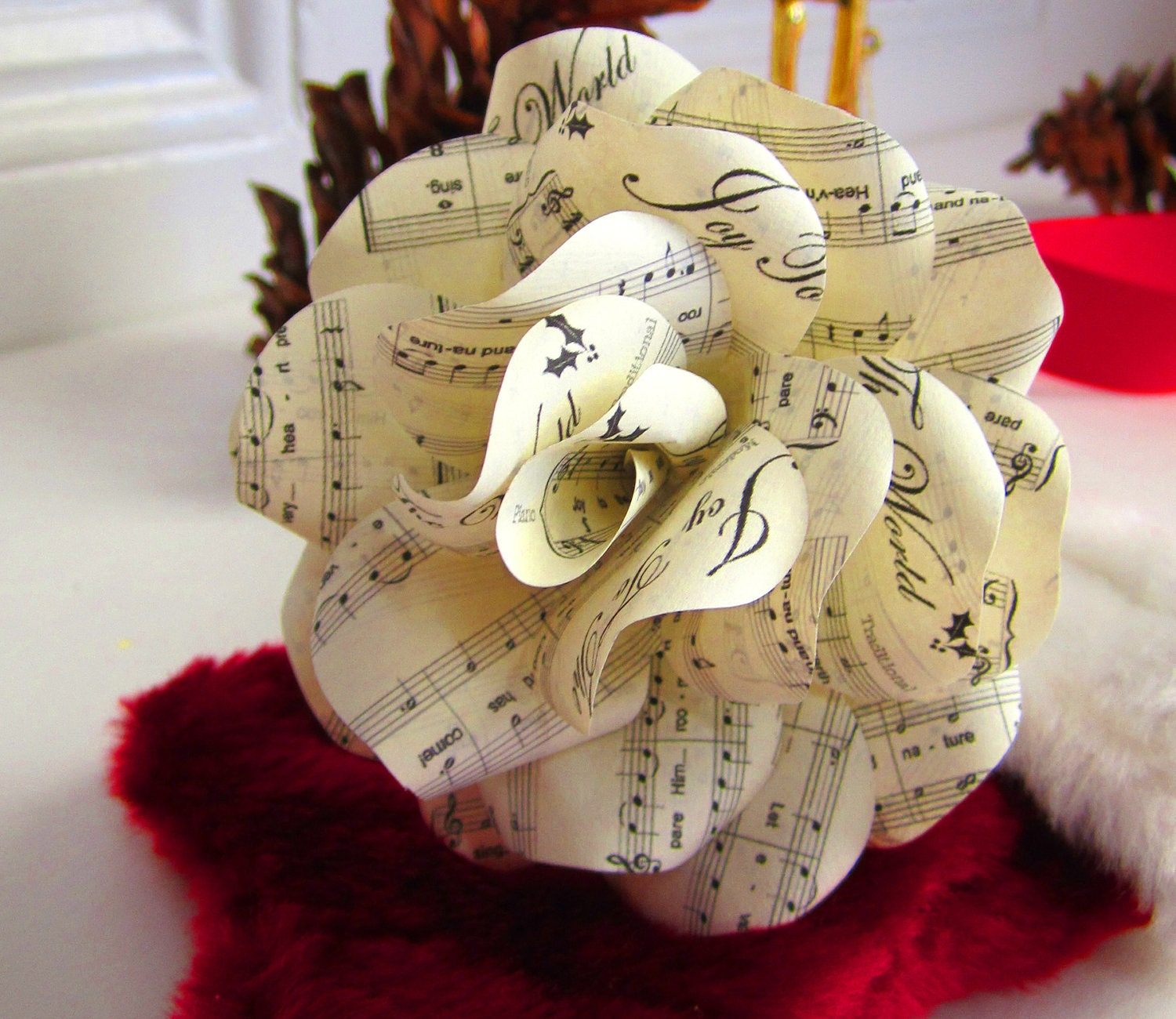 Christmas Tree Set To Music : Christmas sheet music rose ornaments to decorate your wreath