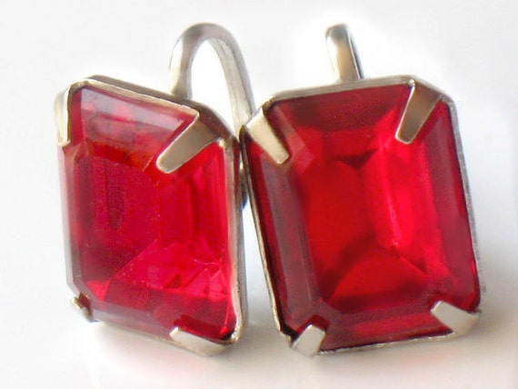 1940s Red Earrings Rhinestone Sterling Silver Screwback Faceted Emerald Cut Vintage Collectable Jewelry Red Christmas Holiday