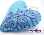 Light blue felt heart keyholder with embroidery