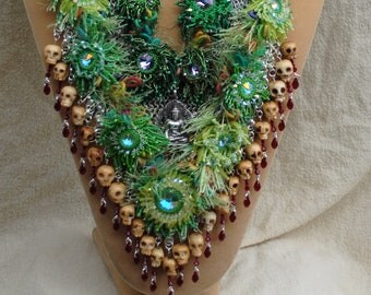 Chain maille and beadwork necklace (#1)