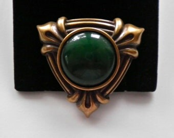 Vintage MONET Brooch Pin  Forest Green Cabochon in Antiqued Gold Frame