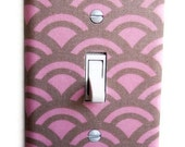 Pink & Tan Scalloped Single Toggle Switch Plate, wall decor