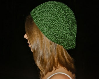 Light Spiral Slouch Beanie - Forest