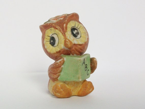 School Book Owl Cute Kitsch Vintage Woodland Bird Figurines