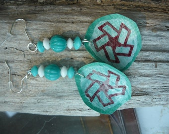 Red and Teal Star Earrings. Fused Plastic: made of Recycled Plastic Bags