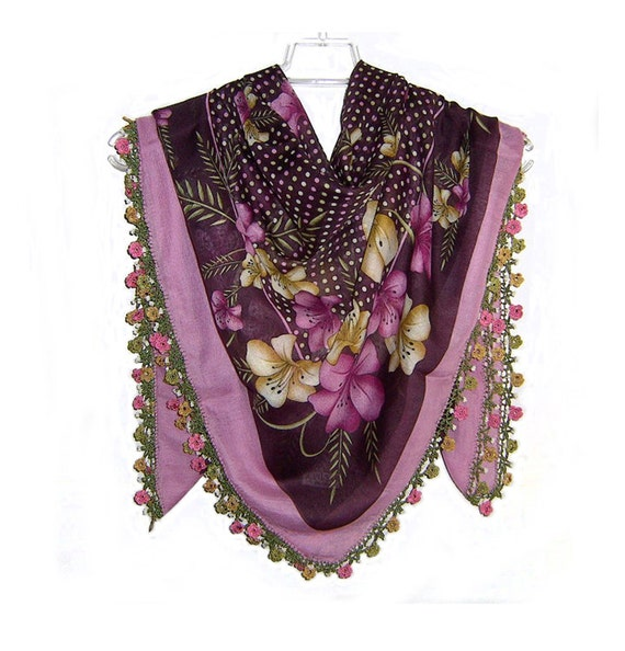 Traditional Turkish Yemeni Rayon (artificial silk) Scarf With Lace, Violet / Brown Floral Pattern