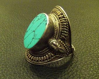 Balinese Turquoise Kuchi // .925 Stamped Sterling Silver Ring