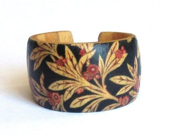 Flower Buds -- Adjustable Wood Ring