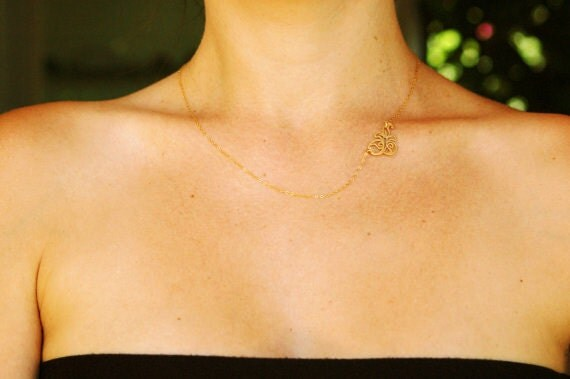 Leaf necklace, gold necklace, Asymmetric necklace, bridesmaid necklace, charm necklace, delicate necklace, simple gold jewelry, gift for her