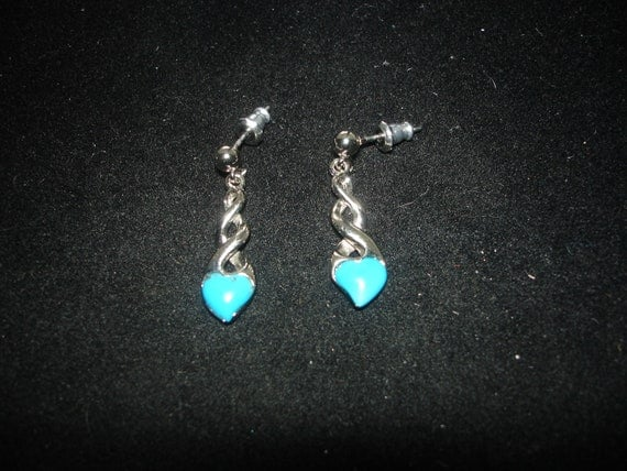 Vintage Dangle Turquoise Heart Earrings