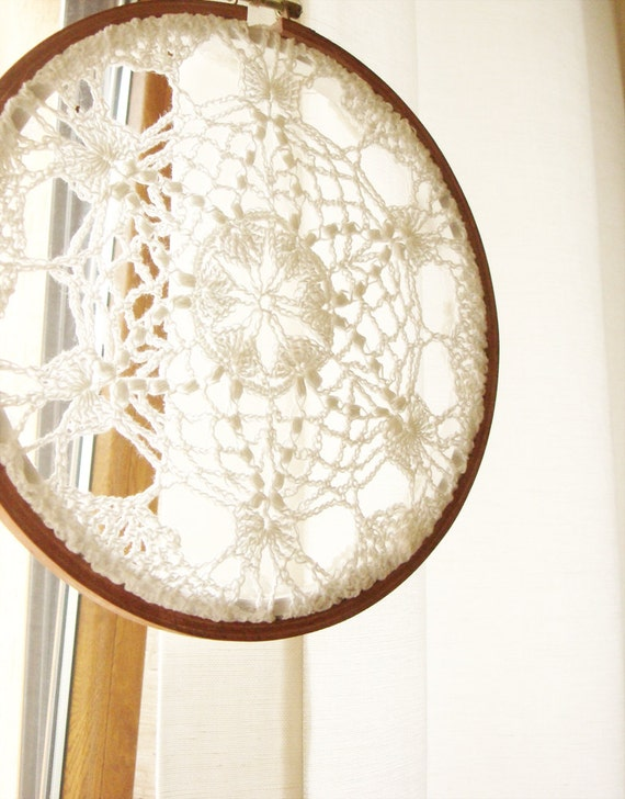 Cottage Chic Doily Lace Art Shabby Chic Embroidery Hoop Wall Hanging Decor