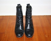 90s Black Grunge Leather Lace Up Boots / 2 Inch Heel