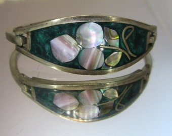 Vintage Jewelry Bracelet Silver Mother Of Pearl Bracelet.