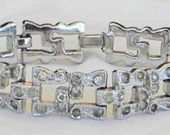 Vintage 1920s Art Deco Crystal Pave Rhinestone Rhodium Link Bracelet