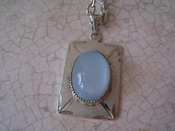 Vintage White Moonstone Pendant Necklace