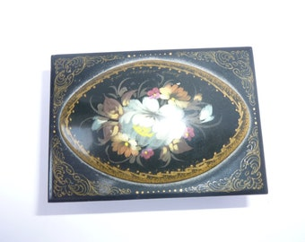 Lacquer Box made in Russia 1980s Small Wooden Painted Decorative Box Vintage Laquerware