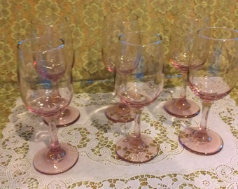 Beautiful vintage set of 6 pink stemware - wine glasses
