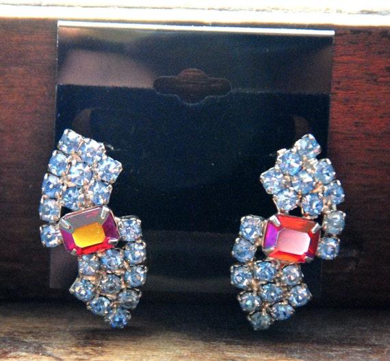 VTG 90s Dynasty Rhinestone Clip On Costume Jewelry Earrings