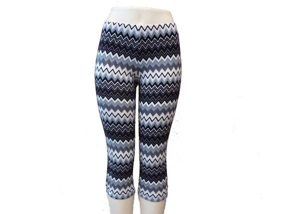 Chevron crop leggings, printed leggings, workout clothes, fitness apparel, size MEDIUM